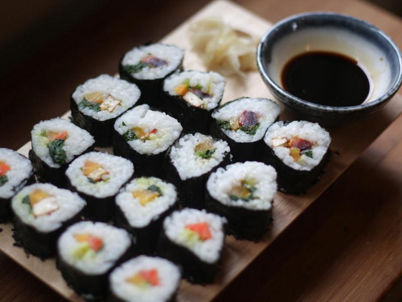 akademihoukiboshi-maki-sushi